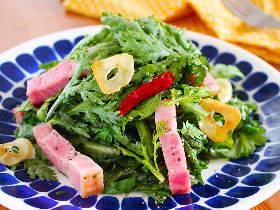 パクチーの次に来るトレンド野菜は「春菊」! 今が旬の春菊を食べつくす簡単レシピ3選