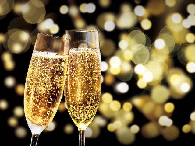 なぜ「シャンパーニュ」は祝祭のお酒なのか?