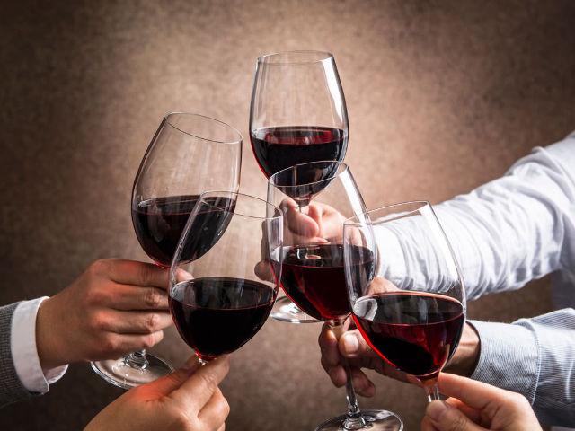 「サッカーワールドカップ2018」をもっと楽しく観戦できる、プロイチオシの「ワイン」ガイド