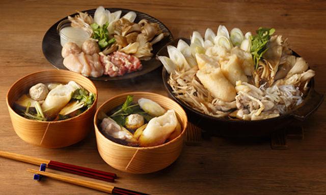 2.秋田人も唸るうまさ! 地元食材で作る「きりたんぽ鍋」は比内地鶏のうまみが濃厚