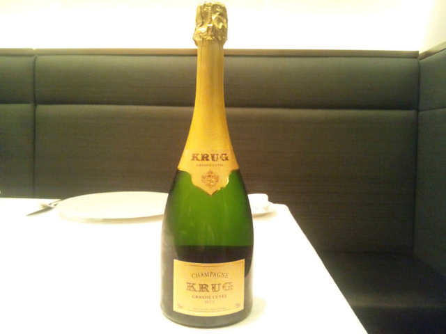 「シャンパンはドンペリ」なんて言わずに知っておきたい、アートのようなシャンパーニュ