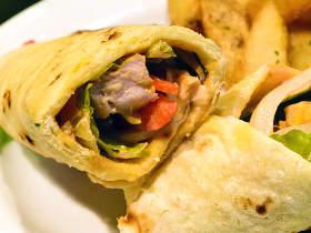 おいしいナンが食べたい! インド料理『ムンバイ』が手がけたナン専門店『ミックスアンドマッチカフェ』