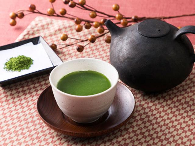 年始めは日本茶でほっと一息! 和食にも和菓子にも合う「プレミアムな緑茶」3選