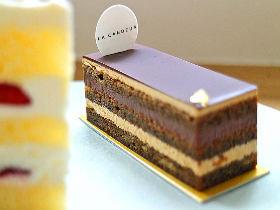 ショコラマニアも納得! 大人ビターな濃厚ショコラケーキがクセになる、『ロオジエ』出身パティシエの新店