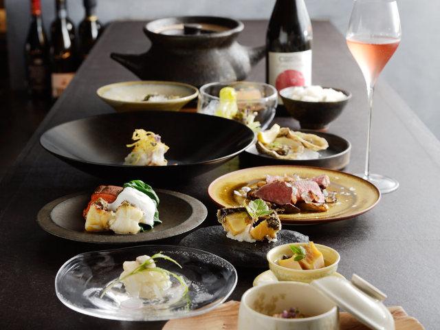 名店『スフィーダ』出身シェフの渾身の「十皿コース」が1万円! 和と伊の調理法を駆使した『十皿』