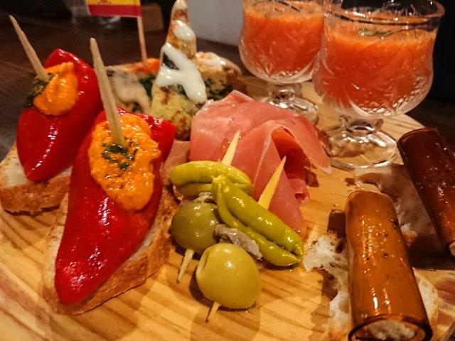 """本場のスペイン・タパスを食べ尽くす!中目黒の「人気スペインバル」をハシゴ、""""本物""""のバル文化にハマる"""