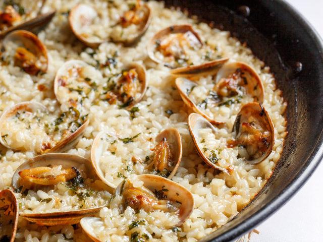 鯛とアサリのうまみがたっぷり! お米料理専門店『アロセリア ラ パンサ 』で絶品パエリアに舌鼓