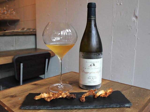 こだわりのクラフトビールとレアな長野県産ワインが味わえる『ツキノワグマ』【学芸大学】
