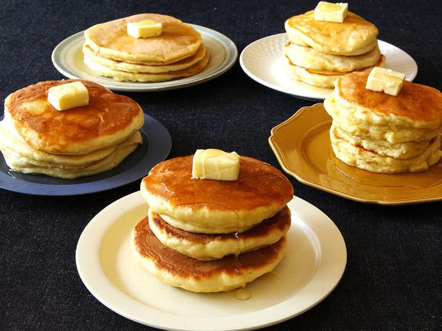 【徹底比較】パンケーキがふんわり分厚くなる「ちょい足し」食材はどれだ!?レシピ5種類で作り比べてみた