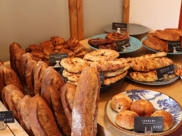 『ブーランジェリーレカン』出身のシェフが開いた、東日本橋にある町の愛されパン屋『ビーバーブレッド』