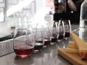 レアな日本ワインなど150種類を飲み比べ!人気グルメも集まる「ワインイベント」が青山で今週土日に開催