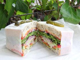 代官山で胃袋とおしゃれ心を満たす、大満足サンドイッチ