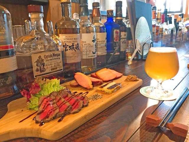自家製「燻製ビール」と燻製料理が本当においしい、大塚のブルーパブ『スモークビアファクトリー』