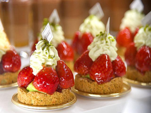 パリ発・世界中の美食家が愛する名パティスリー、広尾『アルノー・ラエール』