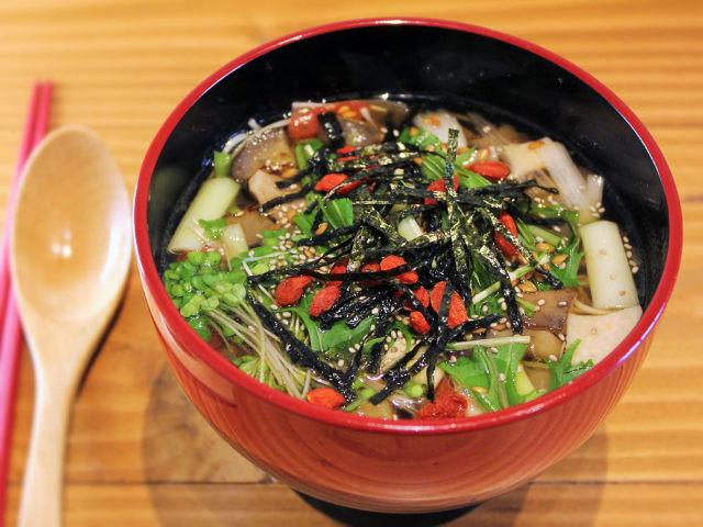 朝は「だし」からスタート!「だし」のうまみで野菜を食べる、和のファストフード『dashi+』【赤坂】