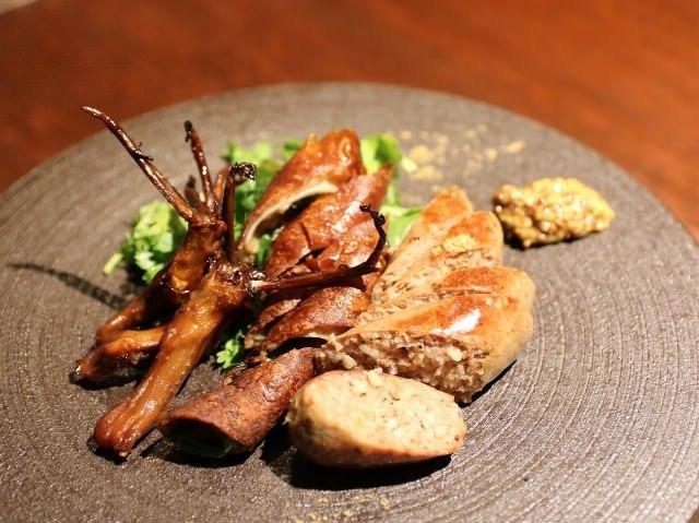 次なるグルメトレンドは、ずばり「マニアック中華」! 中国少数派民族の郷土料理が食べられる名店4選