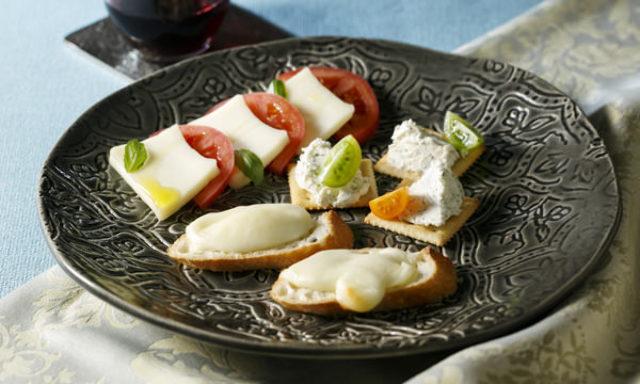 4.チーズ好きにはたまらない!お米を食べて育った牛のミルクでつくる、絶品おつまみチーズ