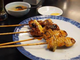 「焼鳥を串から外して食べないで!」の炎上に見る、顧客満足度という言葉を濫用することの頭のイタさ