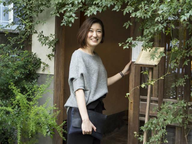 福岡美女が「この人に会いたい」と訪れる、人と料理と酒が魅力的なお店ではしご酒