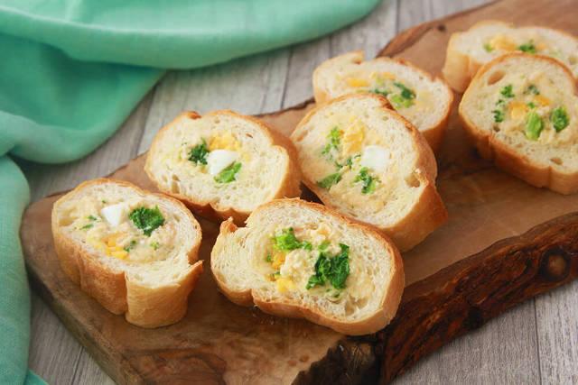 春野菜入りで季節感もばっちり!「明太ポテサラのスタッフドバゲット」