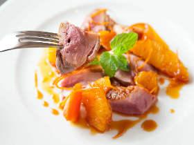 営業日は月に3日のみ! 斬新なフレンチ&アジア料理が食べられる神楽坂の隠れ家レストランが今話題