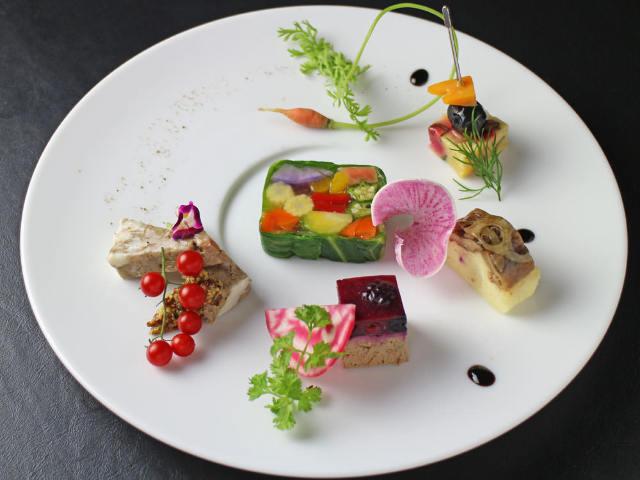 """女性ファン続出の""""食べるエステ""""!?  『Ginsai 銀座』の美しい「野菜料理」で内からキレイに"""