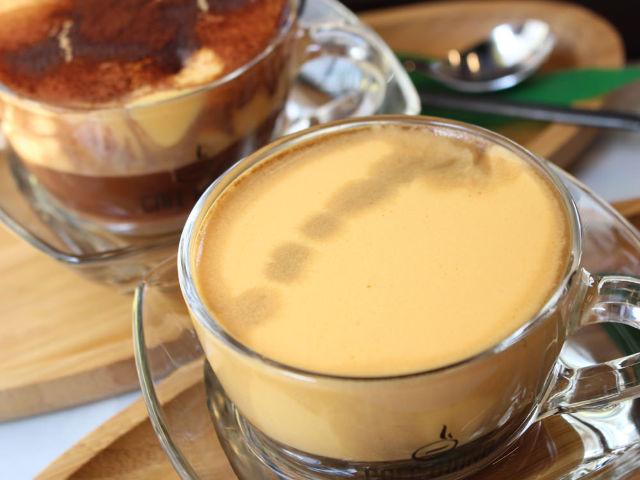 ベトナム発「エッグコーヒー」発祥店の『カフェ ジャン』が日本初上陸【横浜・中華街】
