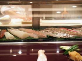 """""""ちゃんとした""""寿司屋はなぜ値段を書いていないのかという常識がわからない輩は旨いものにはありつけない"""