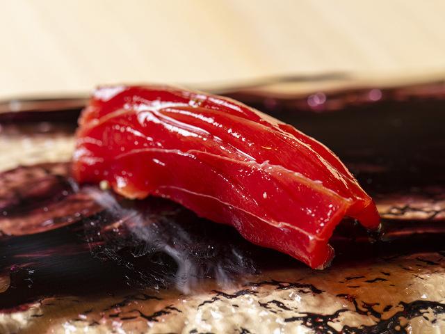 【築地】本格寿司がランチなら2,000円! テラス席でコスパ最高の江戸前寿司を喰らう『鮨しづめ』