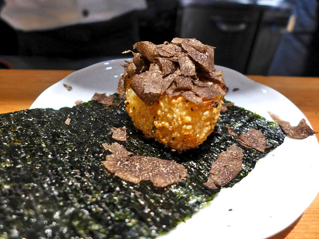 京都の超人気割烹『祇園 楽味』できいた、カウンター割烹で「上客」と認められるための効果的な振る舞い方